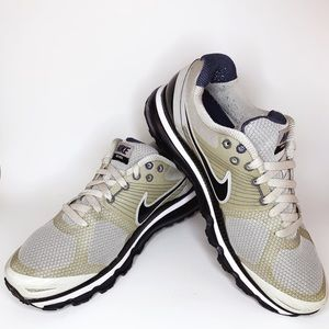Men's Nike Air Max 2010 Flywire Running Shoes - 11